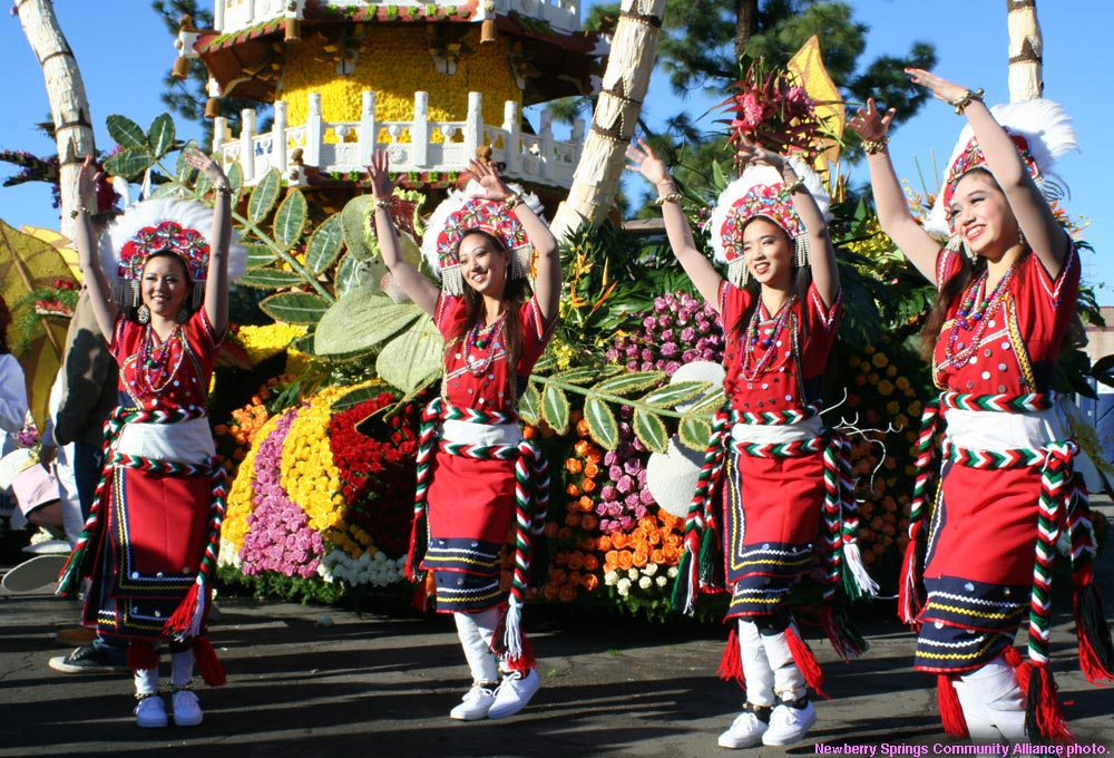 China Airlines Rose Parade Float 2013